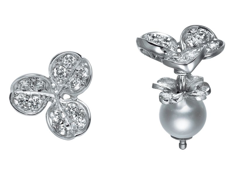 Mikimoto Fortune Leaves  MEQ10058ADXW Earrings