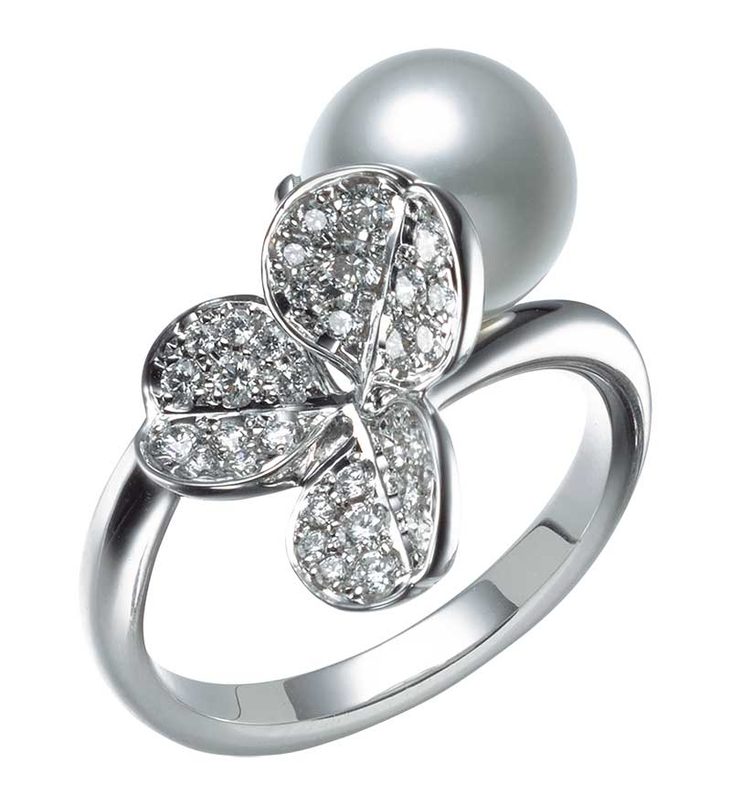 Mikimoto Fortune Leaves  MRQ10023ADXW Fashion Ring